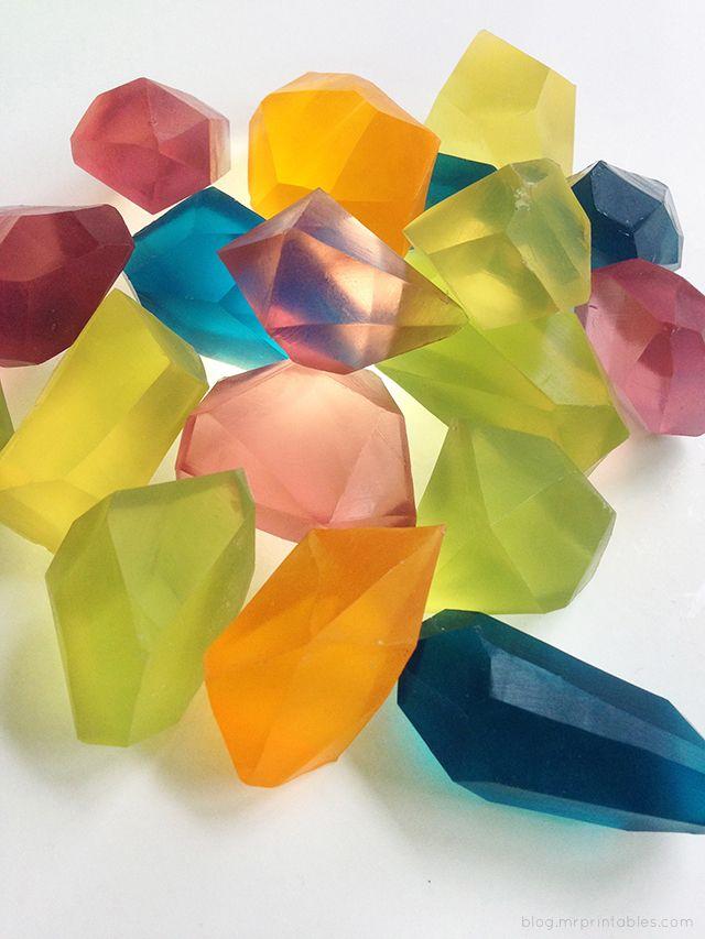 'Piedras preciosas' con jabones de glicerina de colores • DIY glycerine soap gem stones