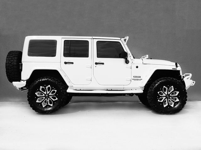 best 25 white jeep wrangler ideas on pinterest white jeep jeep wrangler and jeeps. Black Bedroom Furniture Sets. Home Design Ideas