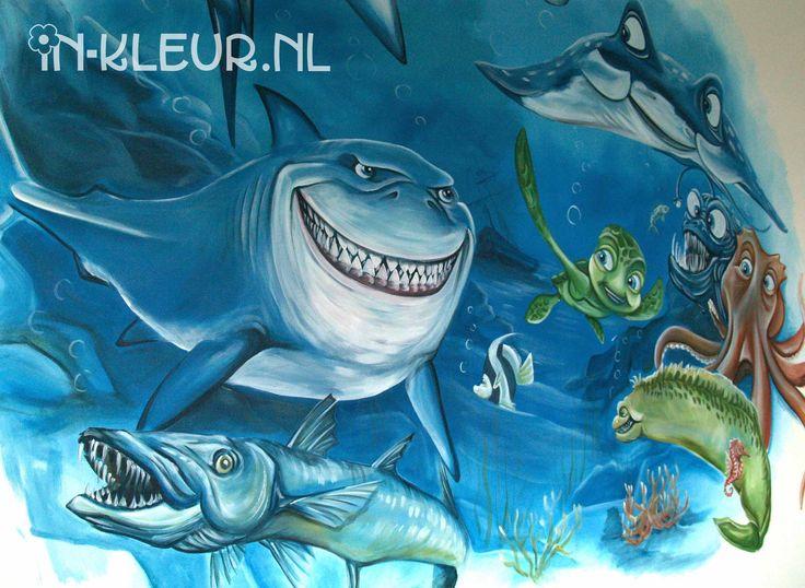 Oceaan muurschildering jongenskamer, met Bruce, Sammy, barracuda, inktvis, haaien, rog en vissen