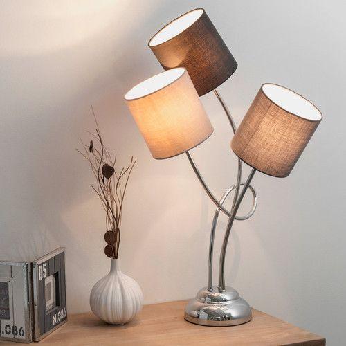 Drieledige verchroomd metalen lamp met grijze stoffen lampenkap H 70 cm