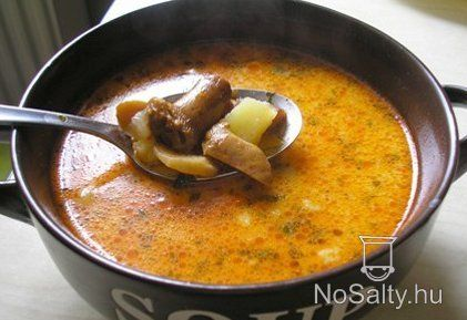 Rókagombagomba leves