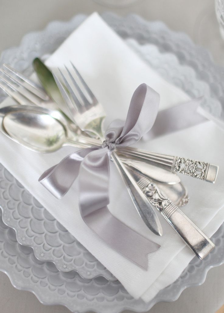 Gray ribbon with burlap to tie silverware?