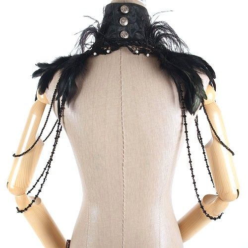 Cuello Plumas Negras