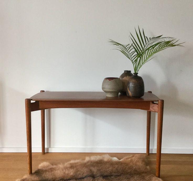 Mid Century 60er Jahre Coffee table Couchtisch Beistelltisch aus Teak von moebelglueck auf Etsy https://www.etsy.com/de/listing/523557908/mid-century-60er-jahre-coffee-table