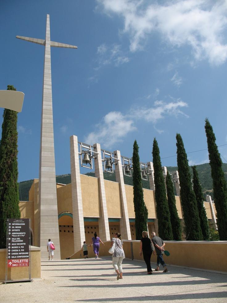 Nuova Chiesa di San Pio da Pietrelcina di Renzo Piano, San Giovanni Rotondo. ITALIA