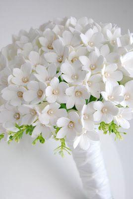 DK Designs: Classic White Stephanotis Bouquet