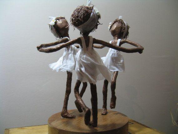 Anneau d'un anneau de Roses Sculpture de par Stephaniessculptures