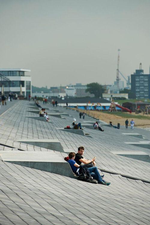 houblon:  Willy-Brandt-Platz und Weserdeich - Havenwelten Bremerhaven