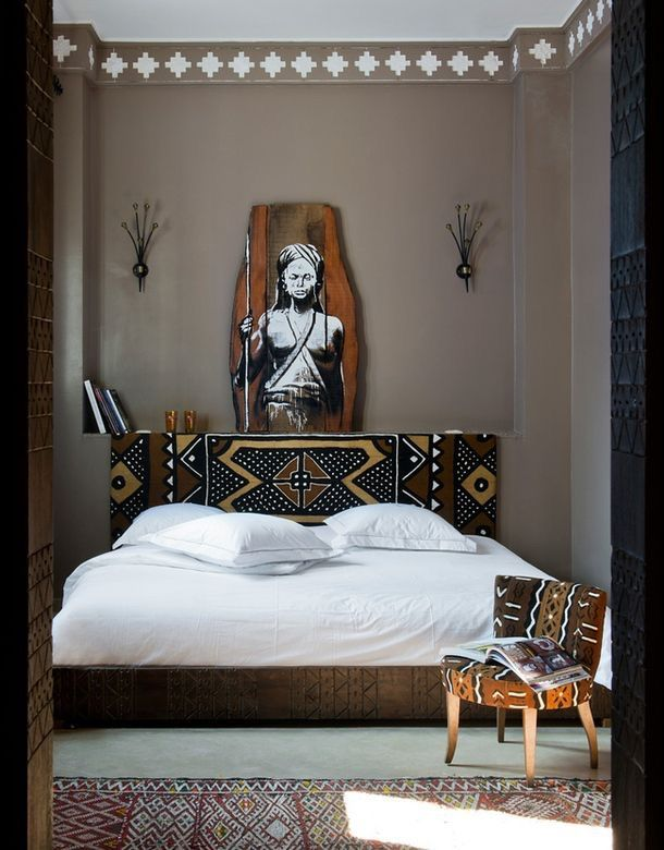 simple bedroom with well placed mudcloth and accessories - African Bedroom Decorating Ideas