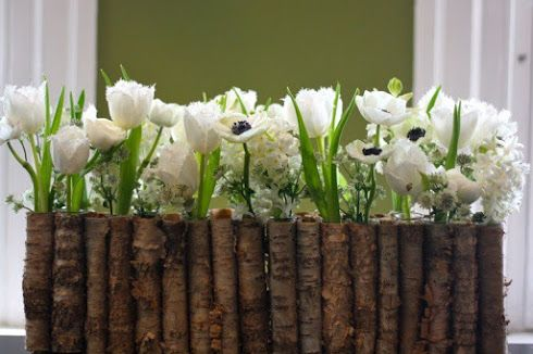 « Quel joli bouquet tu as sur ta table !!! » Oui c'est souvent cette exression qui arrive lorsqu'on décide de faire entrer les fleurs dans sa maison. Ne me dites pas que vous n'aimez pas les fleurs !!!!