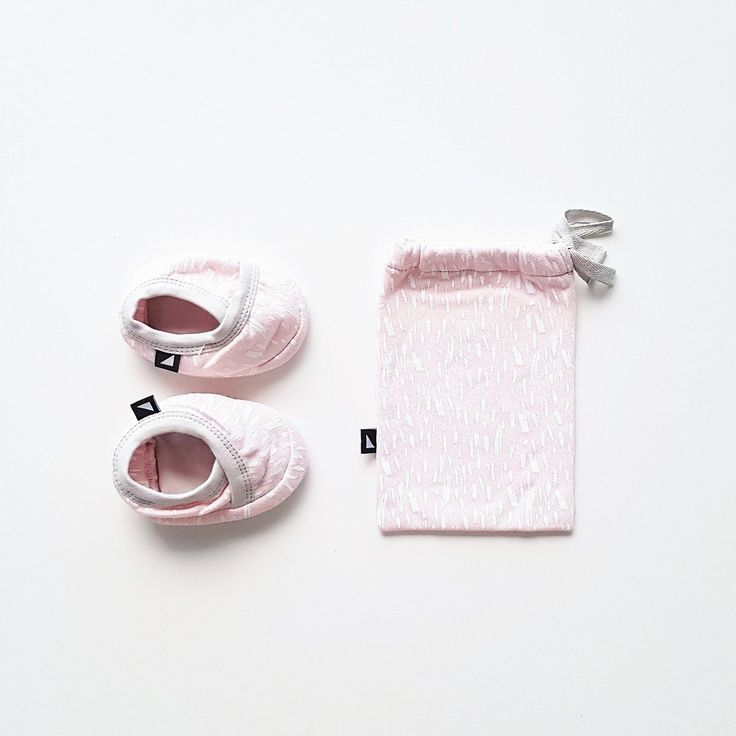 Organic baby clothing - Ethi- Paint crossover slippers - ice pink