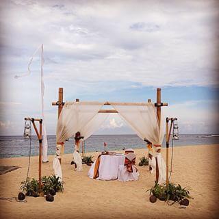 Ayodya Nusa Dua Romantic Dinner Set Up - bamboo canopy