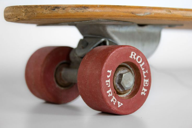 VINTAGE-SKATEBOARDS.com 60's & 70's Collection