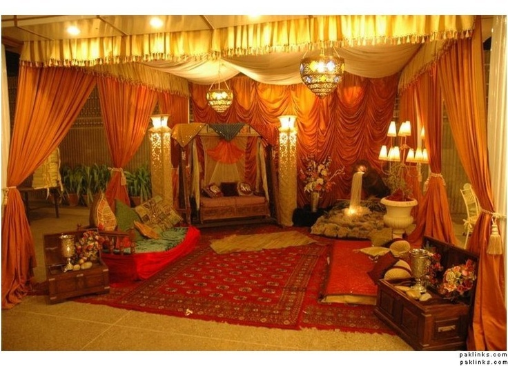 Love this mehndi decor awesome wedding event party for Dulhan bed decoration