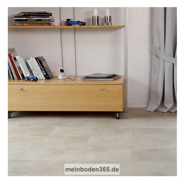 Das Vinyl Mannheim in dem Dekor hell ist ein LVT Designboden mit einem 3-Schicht Aufbau und PVC Träger. Der Vinylboden hat eine Stärke von 5 mm, die Oberfläche ist eine Porenstruktur und besitzt eine Nutzschicht von 0,55 mm. Ein spezielles Klicksystem (LOC) verbindet die Dielen, welche zudem eine umlaufende Fase besitzen. Die Verlegung des Bodens erfolgt schwimmend auf einem festen Untergrund. Der Boden ist auch zu 100% recyclebar.