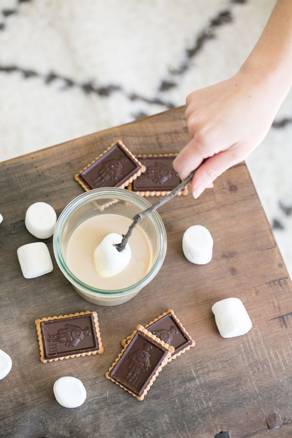 Baileys Dipped S'mores - Sugar and Charm - sweet recipes - entertaining tips - lifestyle inspiration