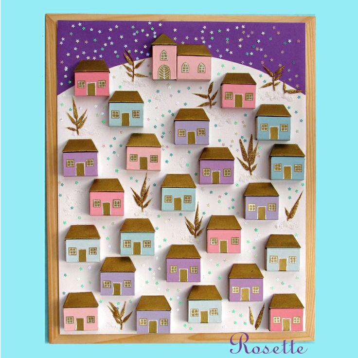 Vánoční městečko - adventní kalendář Vánoční městečko z krabiček od sirek. Do krabiček - domečků - je možné dát drobné dárky. Čísla domečků jsou umístěna z boku, aby pohledově nerušila. Střechy domečků, okna a dveřejsou ze zlatého papíru, keříky ze třpytivých větviček, kupky sněhu - sůl, sněhové vločky - flitrové hvězdičky. Městečko je ...