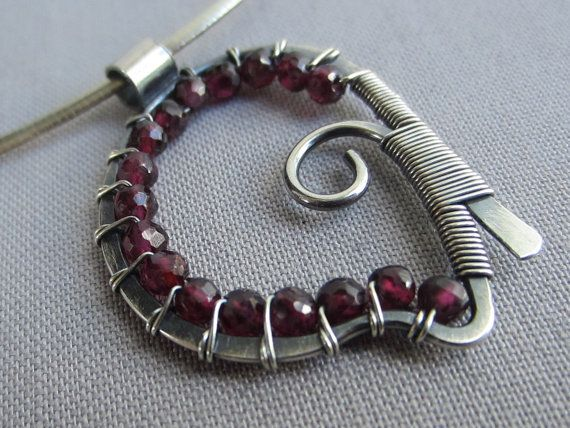 Hey, I found this really awesome Etsy listing at https://www.etsy.com/listing/256132250/garnet-necklace-silver-wire-necklace