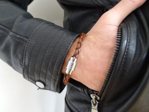 EXPRESS SHIPPINGBrown Braided Leather BraceletHigh Quality