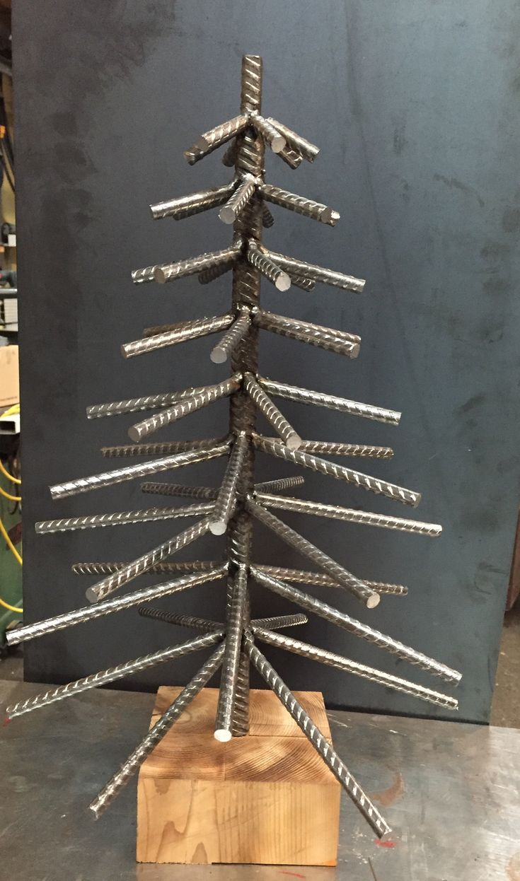 Best 25 Metal Christmas Tree Ideas On Pinterest