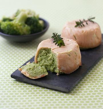 Timbales au saumon fumé et mousse de brocolis, à la manière de Jeanne - les meilleures recettes de cuisine dÔdélices