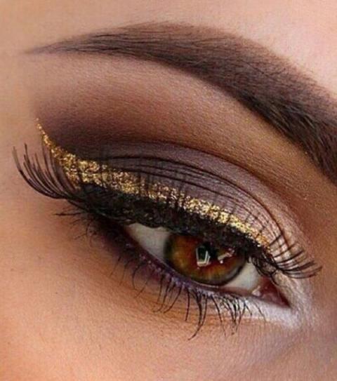 Make-up: Wie mache ich ihre braunen Augen?