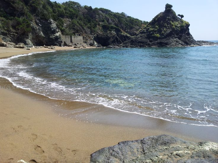 caracciolo beach  www.albergo-miramare.it