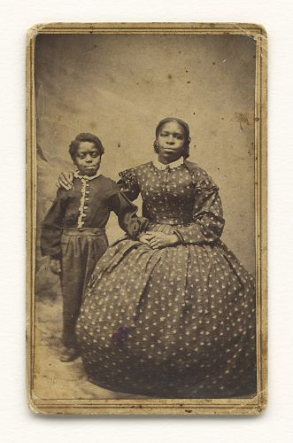 african american culture in 1860 By 1810, a majority of black new yorkers were no longer the property of whites   and diverse black culture, ranging from debating societies and restaurants to   during the 1860s noted seeing african-american patrons among the crowds.