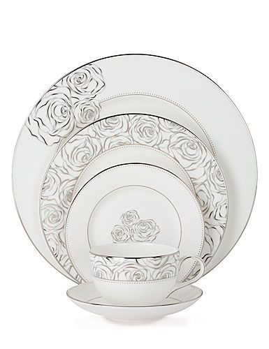 Absolutely beautiful!! I LOVE this set!! Monique Lhuillier Waterford Sunday Rose Dinnerware Collection