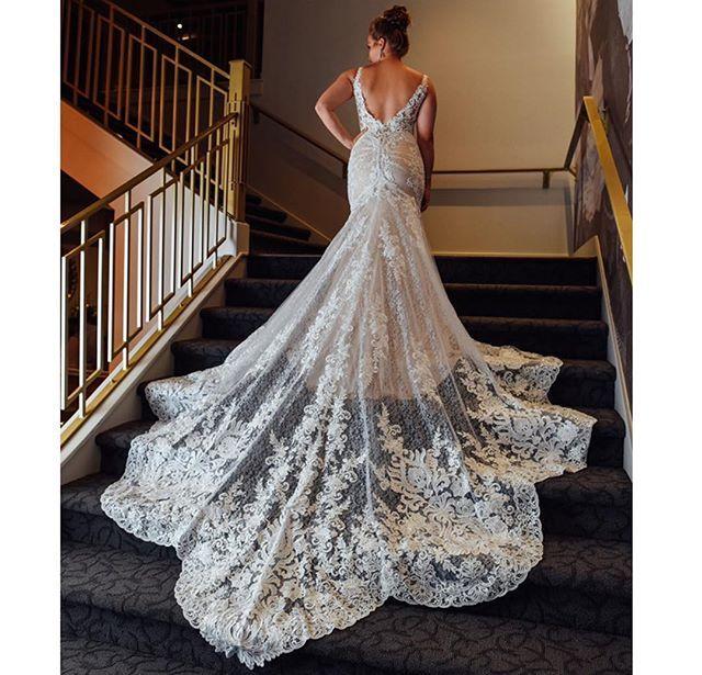 The Wedding Studio Indianapolis Indiana Martina Liana Wedding Dress Mina Good B Martina Liana Wedding Dress Fitted Lace Wedding Dress Wedding Dress Boutiques