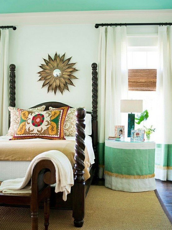 .: Side Tables, Paintings Ceilings, Guest Bedrooms, Sunburst Mirror, Tables Skirts, Colors Schemes, Window Treatments, Guest Rooms, White Wall