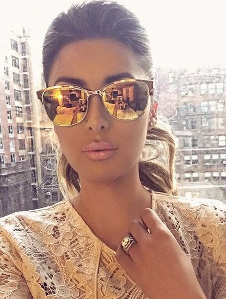 inspired mirrored sunglasses http://www.justtrendygirls.com/inspired-mirrored-sunglasses/