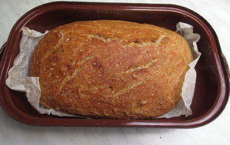 Domácí chléb je hotový do půl hodinky.
