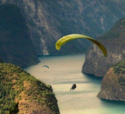 Go paragliding | Theitchlist.com