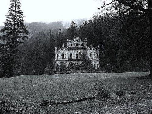 Best 25 Creepy Houses Ideas On Pinterest Abandoned