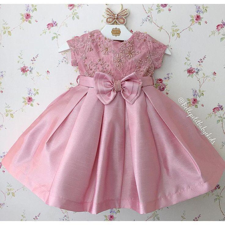 """1,057 Likes, 69 Comments - ⚜️B e l l e  P e t i t⚜️ (@bellepetitbabyekids) on Instagram: """"#INLOVE Mil vezes por esse vestido de shantung rosê!! Muito lindo e elegante!! As nossas princesas…"""""""