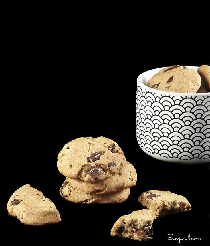 Biscotti di quinoa e cioccolato senza glutine senza latte