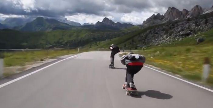 Descenso extremo en skate desde los Alpes. Impresionante!