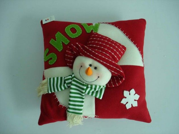 Fun Christmas themed pillows design. -Top 20 of The Most Magnificent DIY Christmas Decoration Ideas