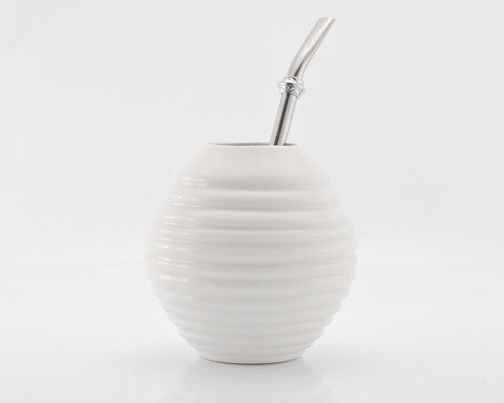 White Porcelain Gourd for Yerba Mate Enthusiasts - Make a right decision before purchasing a Yerba mate gourd. Visit organicmate.net