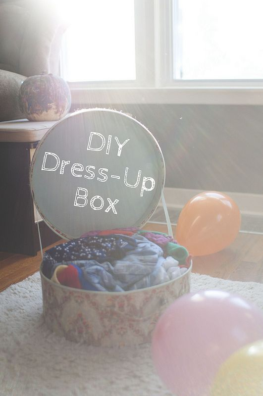 DIY toddler Dress-Up Box -- make it for FREE or little $$$ // writing chapter three