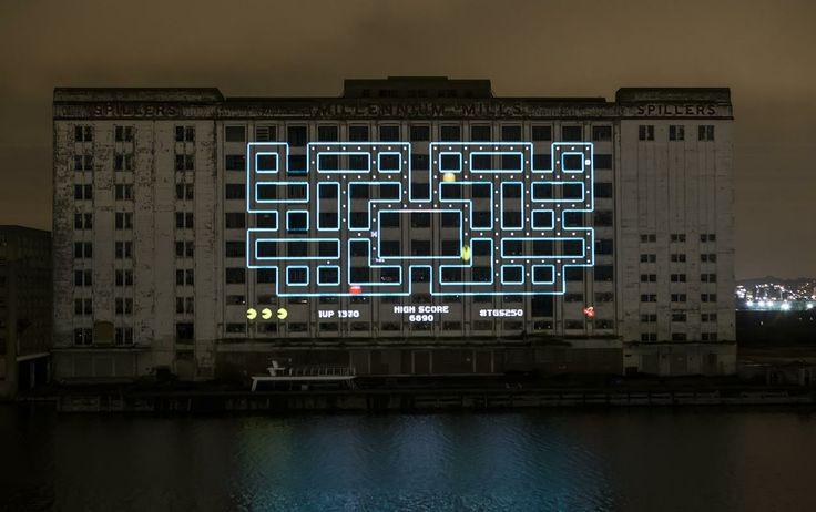 """Come riportato da VG24/7, con i suoi 2.219 metri quadrati l'installazione ha stabilito l'ambitissimo record de – più o meno – """"La più grande proiezione architettonica di un videogioco"""""""