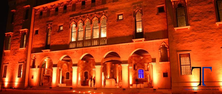 CASTELLO DI THIENE, EVENTO PRIVATO, COMPLEANNO, FARI EASY COLOR 12FC, TECNOLOGIA LED RICARICABILE SENZA FILO, BUFFET DI BENVENUTO, FARI EVENT SPOT 1900MKII , DISCOTECA, TESTE MOBILI ROBIN POINTE, TORRETTE DI AMERICANA, ILLUMINAZIONE ARCHITETTURALE,CASTLE OF THIENE, PRIVATE EVENT, BIRTHDAY, LIGHTS EASY COLOR 12FC, WIRELESS RECHARGEABLE LED TECHNOLOGY, WELCOME BUFFET, LIGHTS SPOT EVENT 1900MKII, DISCO, MOVING HEADS FIXTURES ROBIN POINTE, AMERICAN TOWERS, ARCHITECTURAL LIGHTING, TONDELLO…