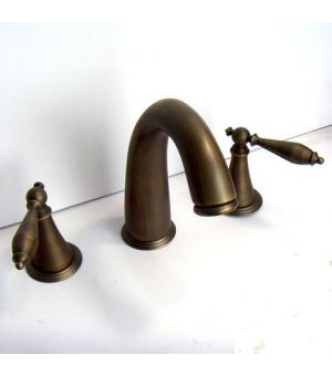 Antique Brass Widespread Bathroom Faucet With Lever Handles