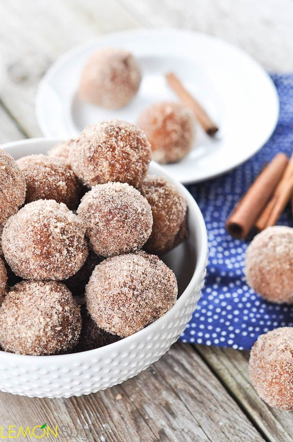 Applesauce doughnuts - so easy to turn recipe GF too! (Clean eating cheat snack)