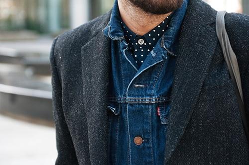 Polka dot and denim: Men Clothing, Polka Dots, Jeans Jackets, Men Style, Denim Shirts, Denim Jackets, Street Style Men, Blazers, Stylish Men