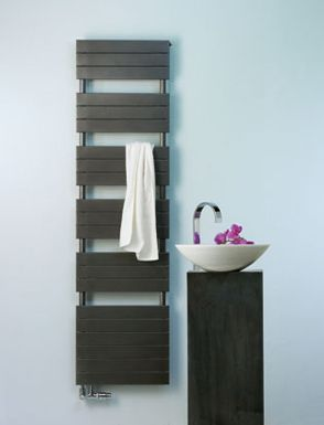 Ściany grzewcze firmy Zehnder harmonizują z wnętrzem dzięki swojej funkcjonalności