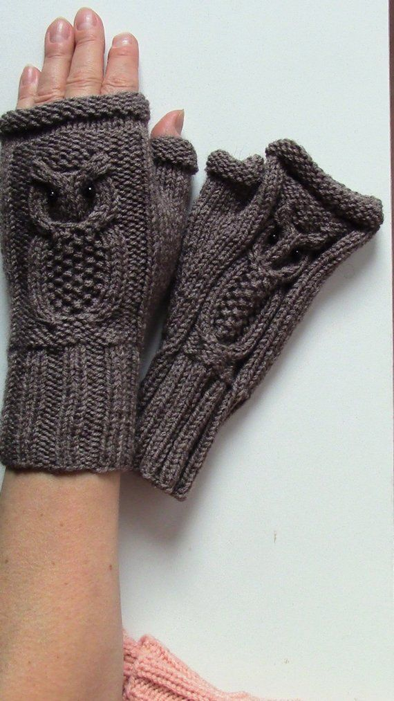 Owl Fingerless Mittens // Cable Knit Fingerless Gloves // CHOOSE YOUR COLOR // Winter Fashion Accessories