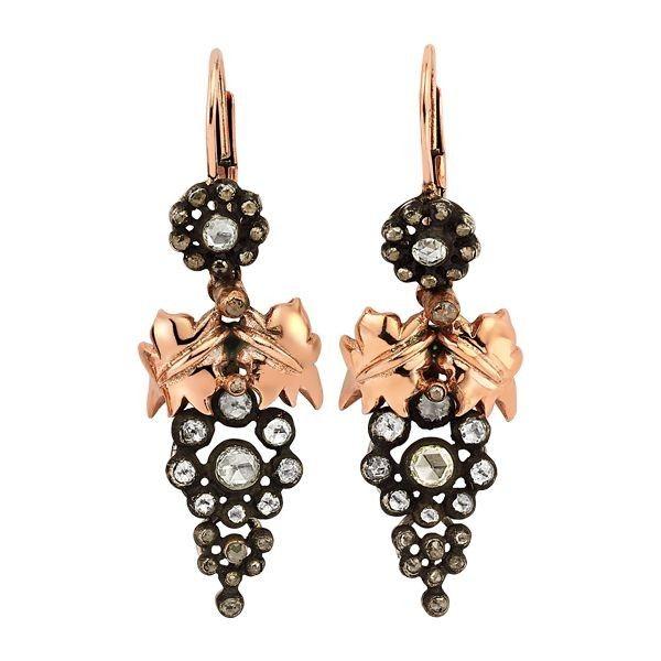 Hazinem Pırlanta'dan cazibenin mücevheri elmaslarla bezenmiş harika bir tasarım...  bit.ly/hazinem-pirlanta-elmas-salkim-kupe  #hazinem #pırlanta #elmas #altın #küpe