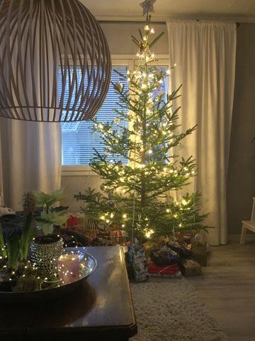 Joulu, aattoilta, ruoka, joulukattaus, iittala